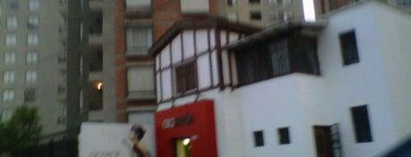 La Super Mesita De Adentro! is one of Bares de Lima.