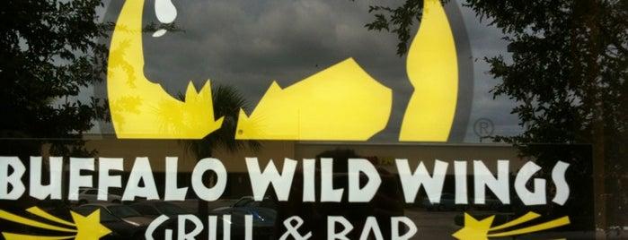 Buffalo Wild Wings is one of barbee 님이 좋아한 장소.