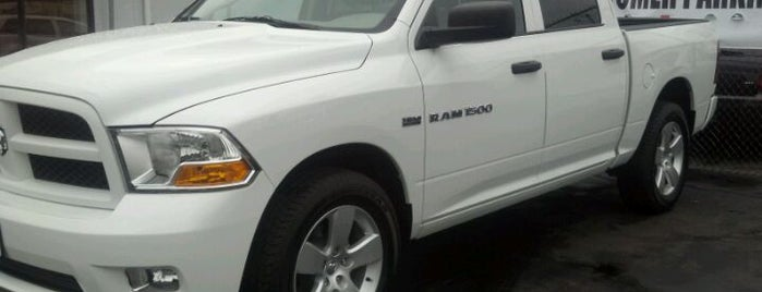 Grava Chrysler Jeep Dodge is one of Shawn 님이 좋아한 장소.