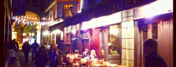 Pub Saint-Germain is one of date spots.