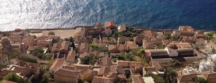 Monemvasia Castle is one of Locais curtidos por Vangelis.