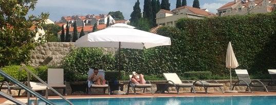Hotel Kazbek restaurant & bar is one of Dubrovnik.