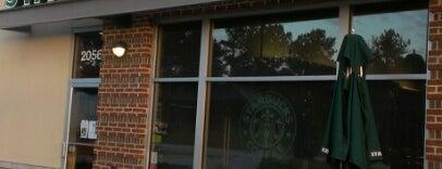 Starbucks is one of Tempat yang Disukai Ross.