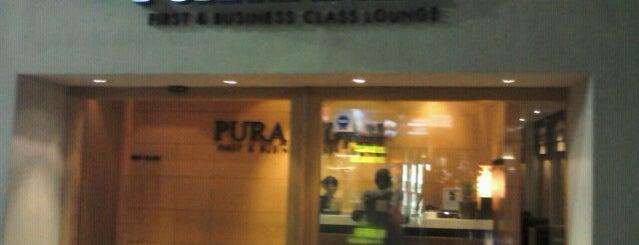PURA INDAH First & Business Class Lounge is one of Jakarta bau.