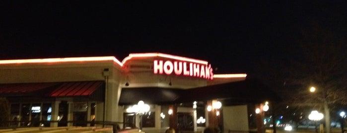 Houlihan's is one of KC Restaurants.