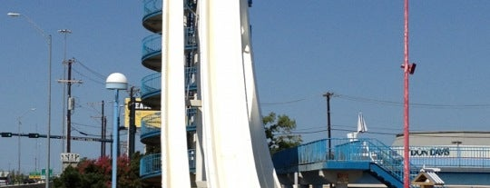 Six Flags Hurricane Harbor is one of Dallas FW Metroplex.