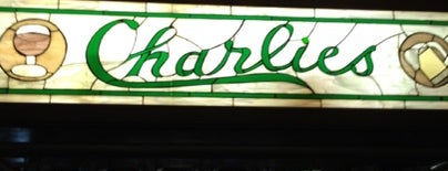 Charlie's Bar & Restaurant is one of สถานที่ที่บันทึกไว้ของ Taylor.