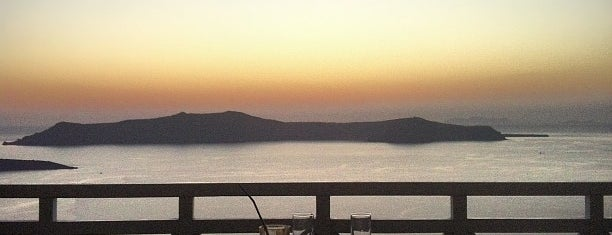 Enigma Cafe is one of Santorini.