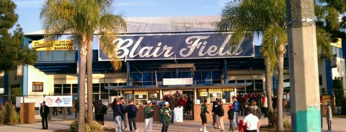 Blair Field is one of Orte, die Talking Monkey gefallen.