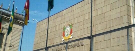 Assembleia Legislativa do Estado do Rio Grande do Sul is one of Fabioさんの保存済みスポット.