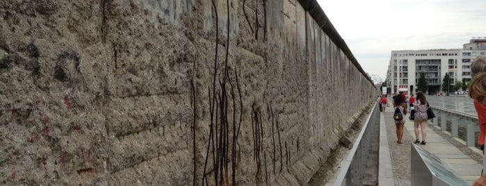 Baudenkmal Berliner Mauer | Berlin Wall Monument is one of Hopefully, I'll visit these places one day....