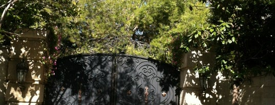 Michael Jackson's House is one of Los Angeles.