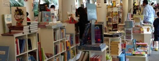 Fondo de Cultura Económica Rosario Castellanos is one of Librerías favoritas.