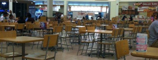 Burlington Mall Food Court is one of Martin 님이 저장한 장소.