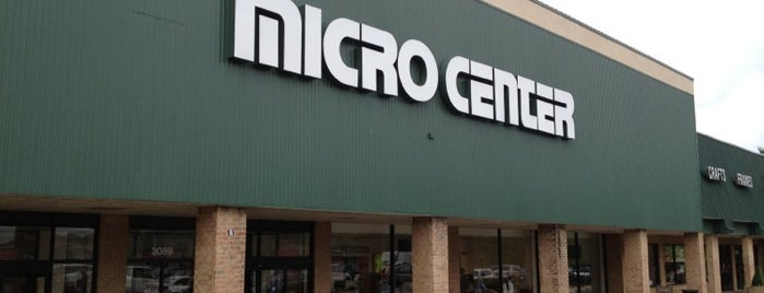 Micro Center is one of Orte, die Lianne gefallen.