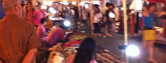 Chiangmai Walking Street is one of Thai Flowers.