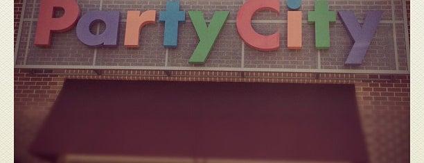Party City is one of Lieux qui ont plu à Michelle.