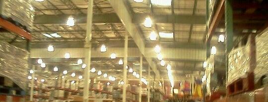 Costco Wholesale is one of Orte, die Corinne gefallen.
