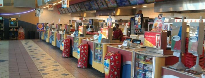 Regal Cinemas Louisiana Boardwalk 14 & IMAX is one of Orte, die Andrea gefallen.
