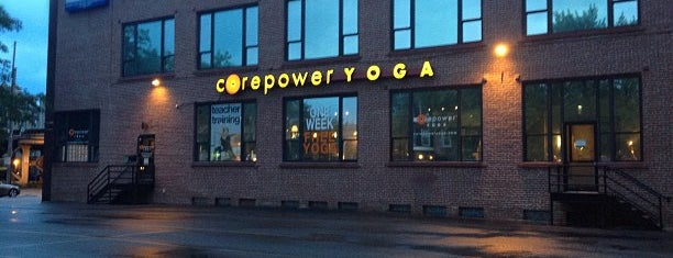 CorePower Yoga is one of Posti che sono piaciuti a Gladys.