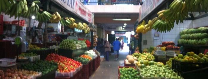 Mercado São Sebastião is one of Compras.