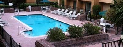 Courtyard by Marriott San Jose Cupertino is one of Posti che sono piaciuti a Daniel.