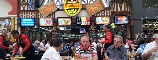 Cervejaria Munique is one of Locais curtidos por Cesar.
