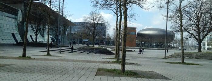 Expo Plaza is one of Sven'in Kaydettiği Mekanlar.