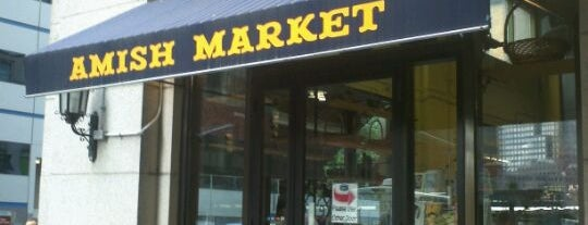 Amish Market Tribeca is one of Lizzieさんの保存済みスポット.