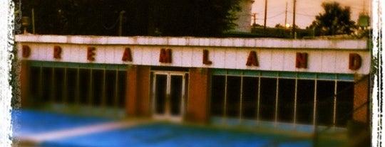 Dreamland Pool is one of J'ın Beğendiği Mekanlar.