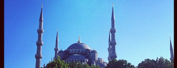 Sultan Ahmet Camii is one of Istanbul places to visit.