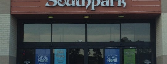 Southpark Mall is one of Locais curtidos por Robin.