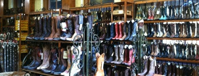 Wild Bill's Western is one of สถานที่ที่บันทึกไว้ของ Kat.