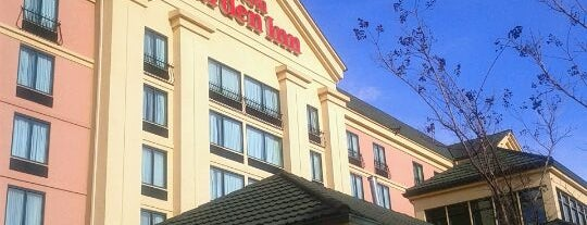 Hilton Garden Inn is one of Orte, die Claudia María gefallen.