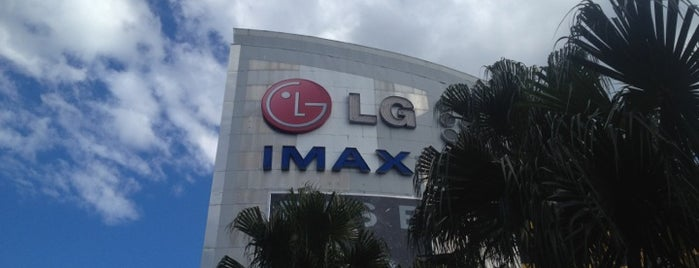 LG IMAX Theatre is one of Lugares favoritos de Kyriaki.