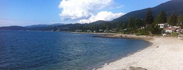 Dundarave Beach is one of Lieux sauvegardés par Cate.