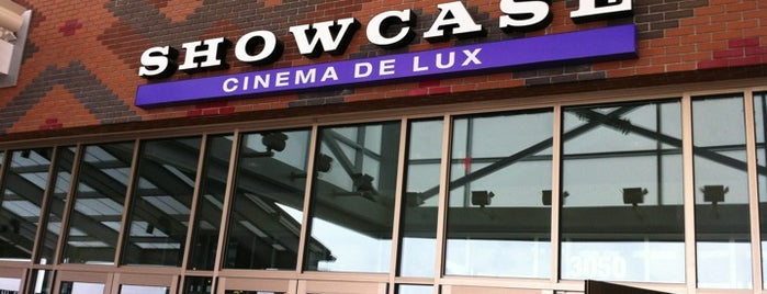 Showcase Cinema de Lux Ridge Hill is one of Lugares favoritos de Julia.