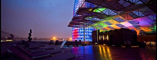 Rooftop Terrace Silken Hotel is one of Terrazas Barcelona.