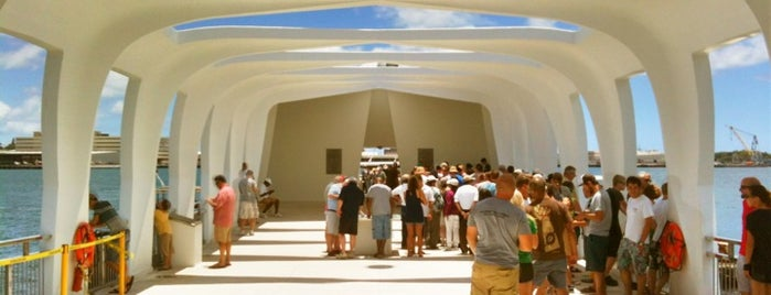 USS Arizona Memorial is one of Wanna Go.