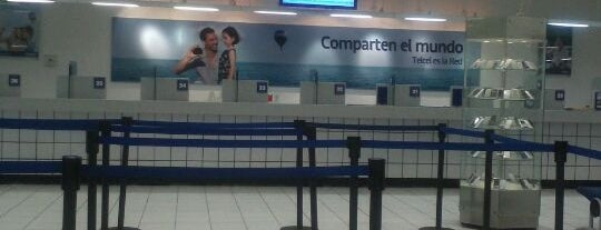 CAC Telcel is one of Locais curtidos por Cristina.