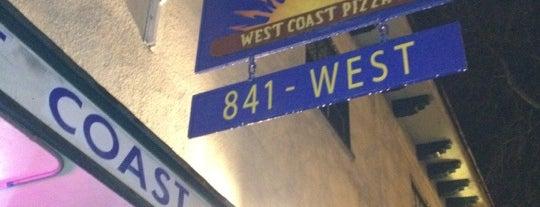 West Coast Pizza is one of สถานที่ที่ Ally ถูกใจ.