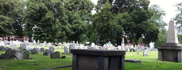 Copp's Hill Burying Ground is one of Boston in the fall!.