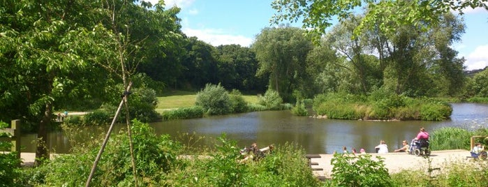 Capstone Farm Country Park is one of London.