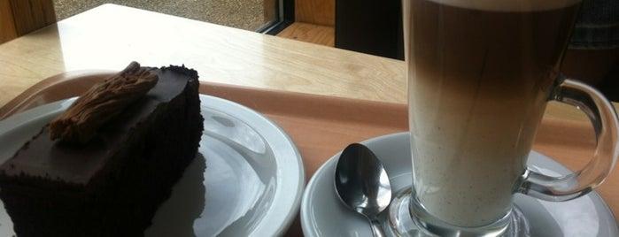 Riverside Cafe is one of สถานที่ที่ Ricardo ถูกใจ.