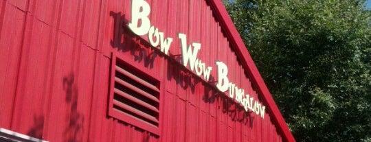 Bow Wow Bungalow is one of Tempat yang Disukai Tanya.