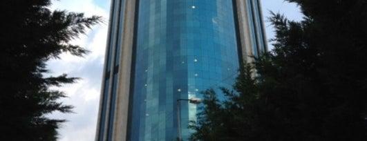 Yapı Kredi Bankası Genel Müdürlük is one of Bengü Deliktaş'ın Beğendiği Mekanlar.