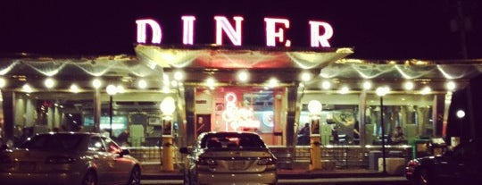Whately Diner is one of สถานที่ที่ Afi ถูกใจ.