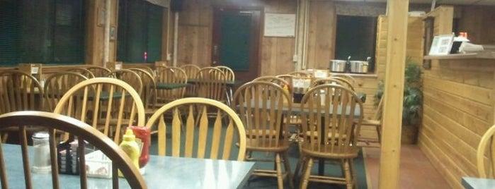woodland diner is one of Tempat yang Disukai Lisa.