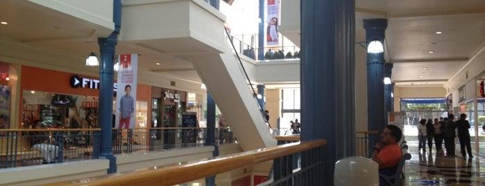 Galerías Insurgentes is one of Centros Comerciales DF.