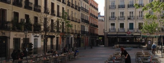 Plaza de Chueca is one of Madriz.